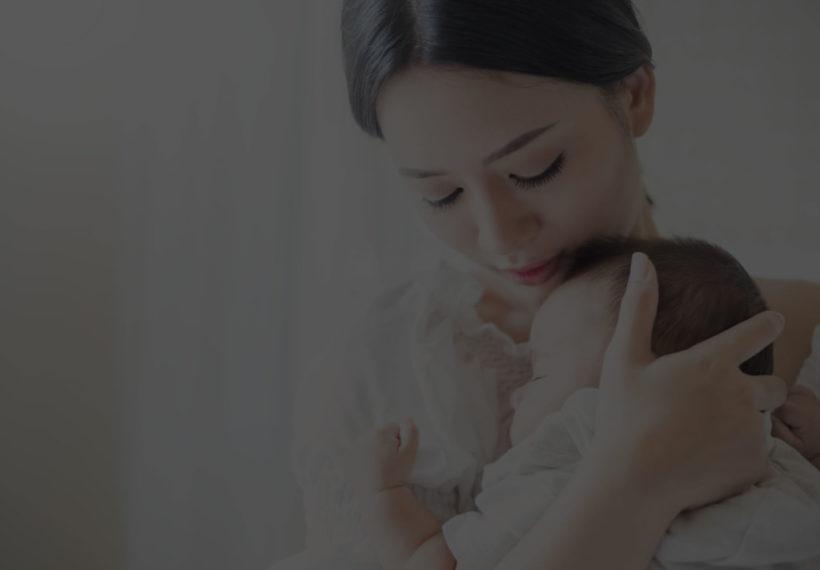 出産後の育児に疲れた母親
